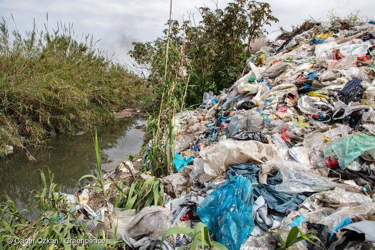 Plastics manufacturers condemn the illegal trade of plastic waste